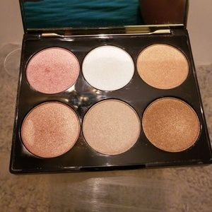 Cover FX  peefext highlighting palette